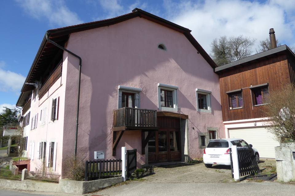 Immeuble locatif à Villars-Burquin