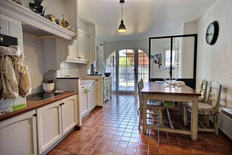 Maison multi-appartements 7.5 pièces à La Chaux (Cossonay)
