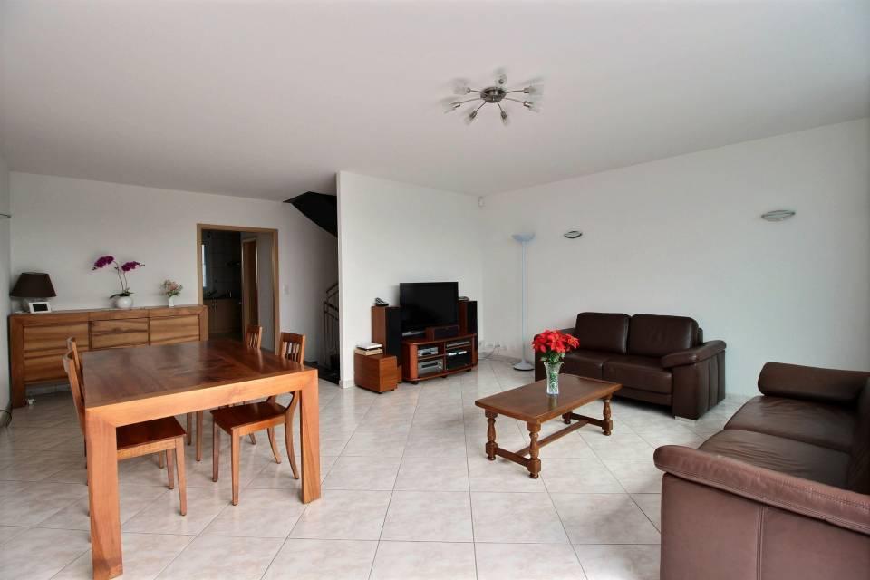 Appartement 5 pièces à Bernex